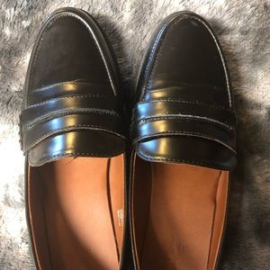 Universal Thread Shoes - Slip-on Loafers/Dress Shoes